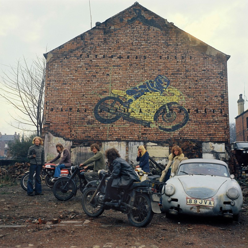 Peter Mitchell, Kingston Racing Motors. Dimanche, printemps 1975. 16 h. Olinda Terrace, Leeds.