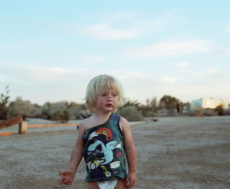 Laura Henno, Ethan, Slab city (USA), 2017