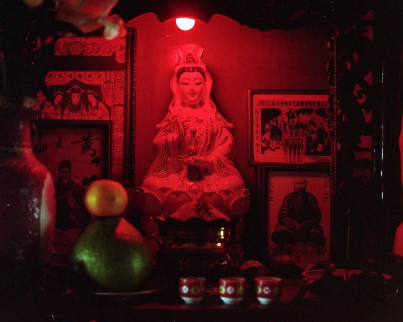 Kurt Tong, Guanyin (The Goddes of Mercy), 2017, Hong Kong. Courtesy of the artist and The Photographer's Gallery.
