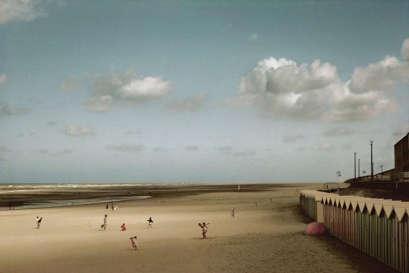Harry Gruyaert, France, Baie de Somme. Fort Mahon, 1991.